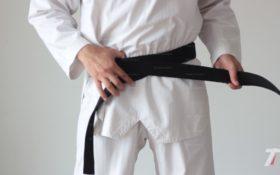 comment_nouer_ceinture_taekwondo